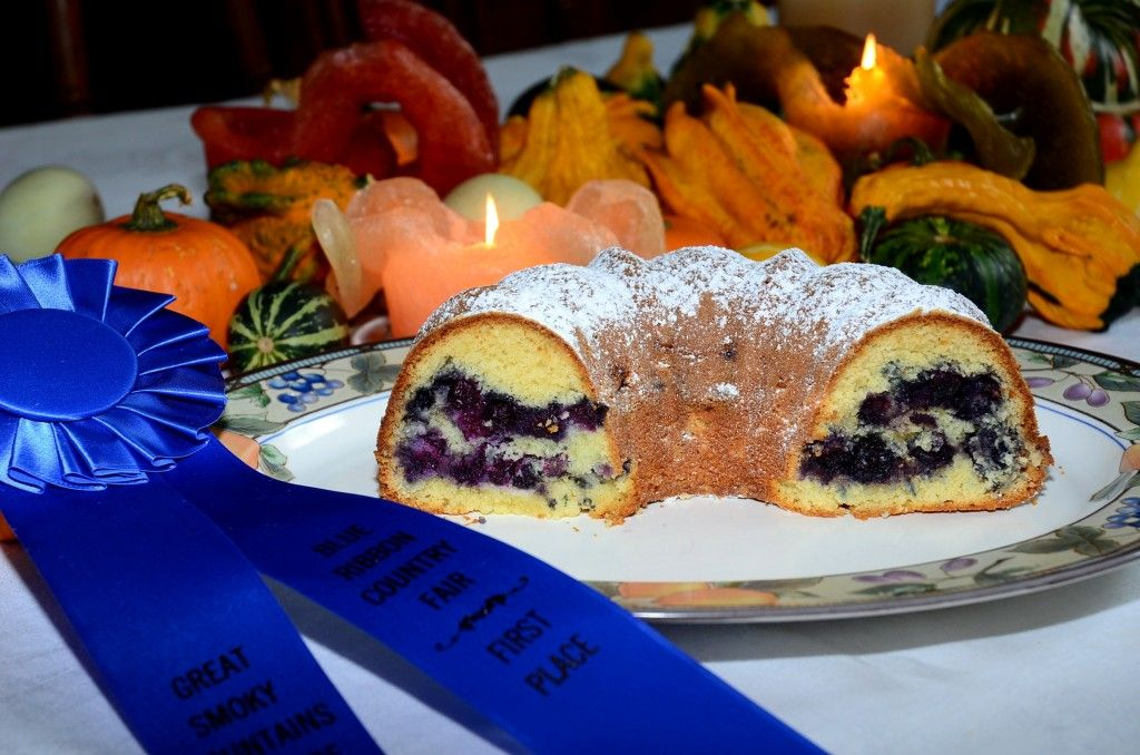 Coffee cake blueberry almond sour cream recipe coffee