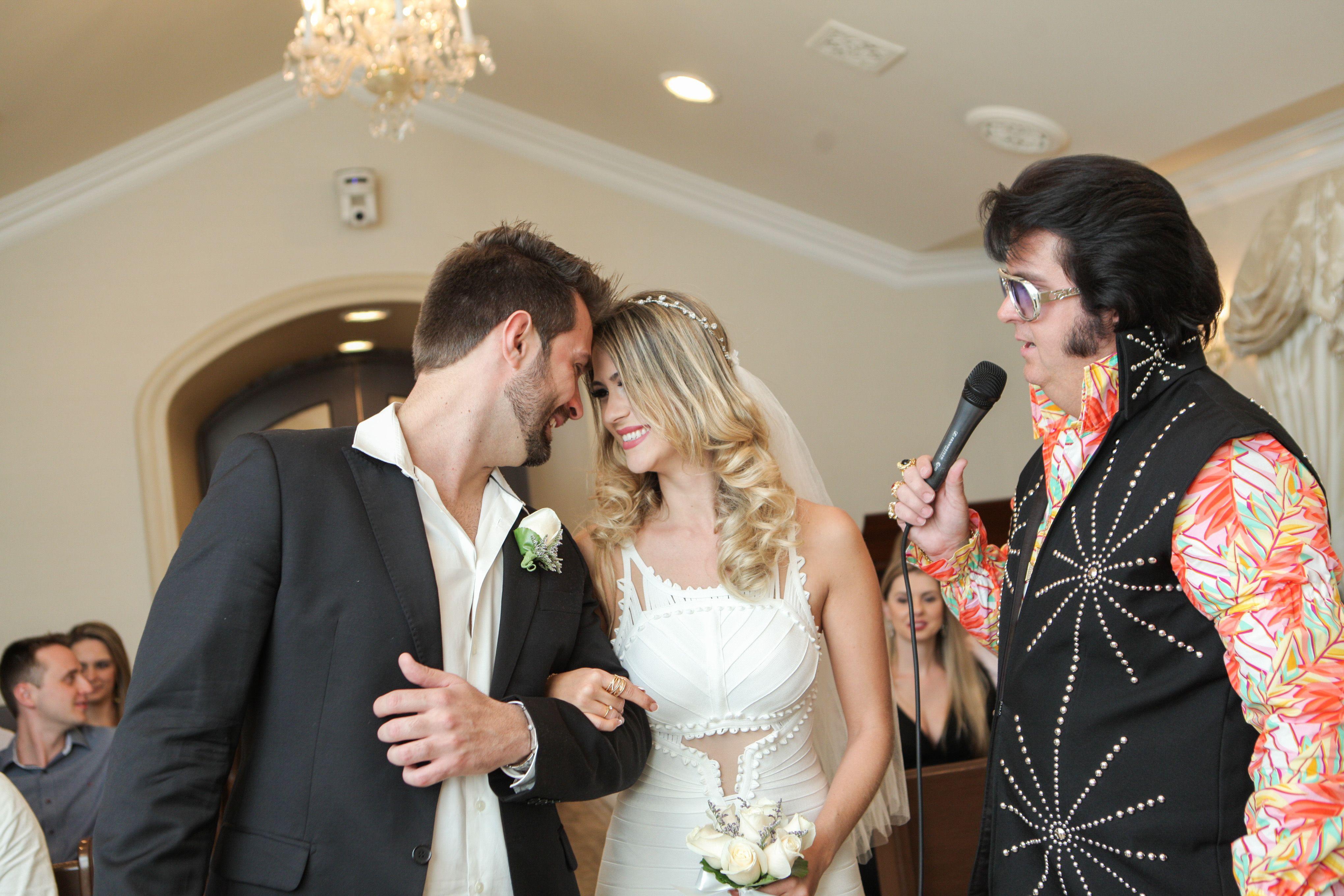 Elvis Weddings In Las Vegas All Inclusive Wedding Packages By Chapel Of The Flowers