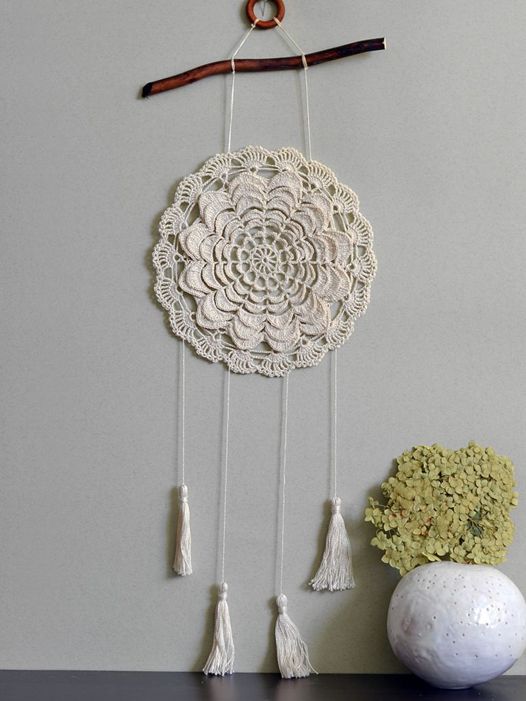 Dream catcher Beige bohemian wall decor Rustic doily Country house ...