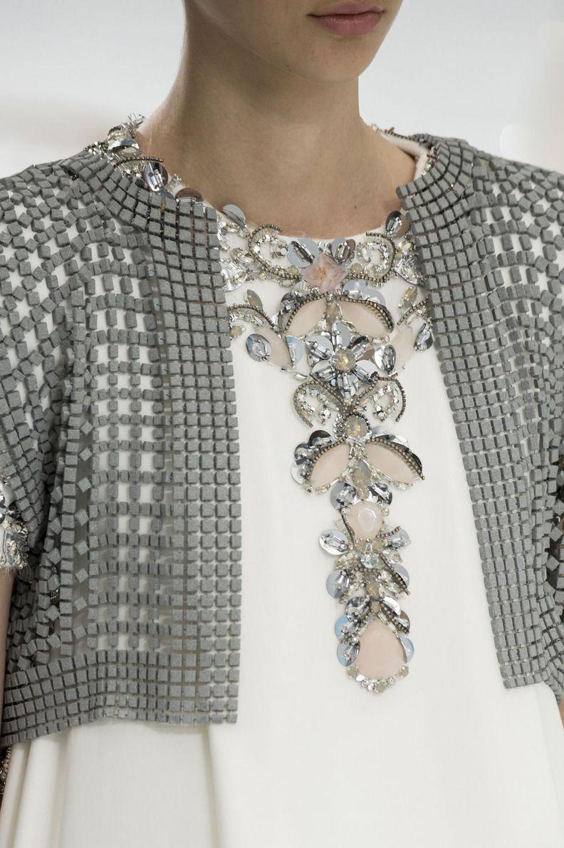 D fil chanel automne hiver 2014 2015 haute couture for Haute couture details