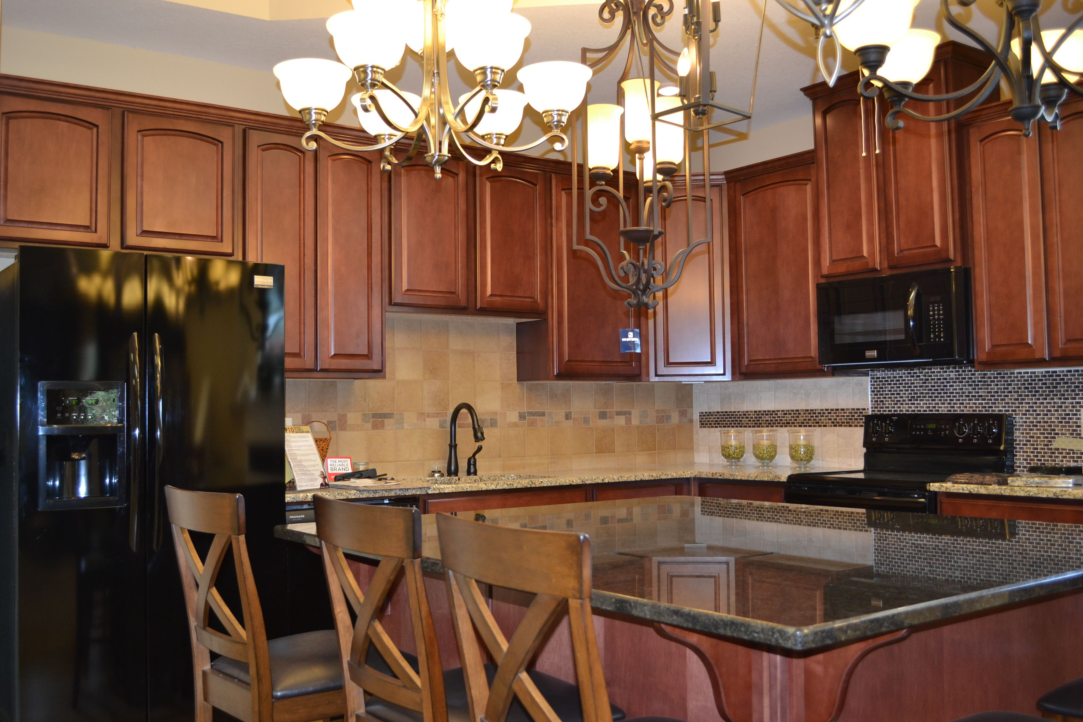 Come And Visit Our New Showroom At 2301 Airport Thruway In Columbus Ga Www Grayhawkhomesinc Com Home Kitchens Kitchen Design Kitchen