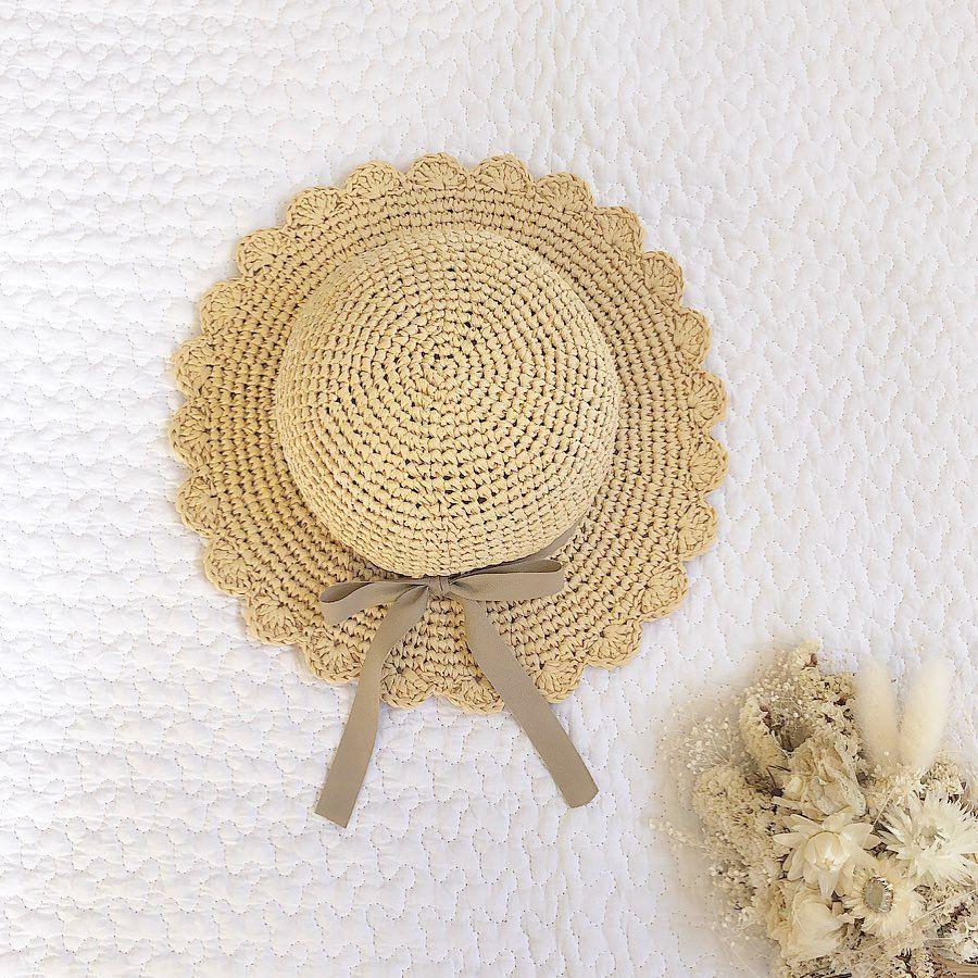 ハンドメイド帽子屋さん 𝕙𝕒𝕟𝕕𝕞𝕒𝕕𝕖 𝕞𝕠𝕟𝕒 On Instagram 前 Post でご紹介した 麦わら帽子 付け替えリボンもご注文いただきました リボンが変わるだけで 麦わら帽子の 印象大きく変わりますね コーデに合わせて
