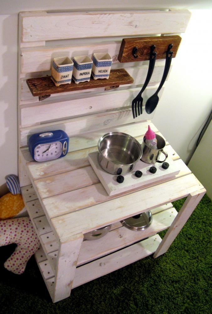 dnes var m ja dodofish handmade hra ky emilie kitchen europaletten m bel. Black Bedroom Furniture Sets. Home Design Ideas
