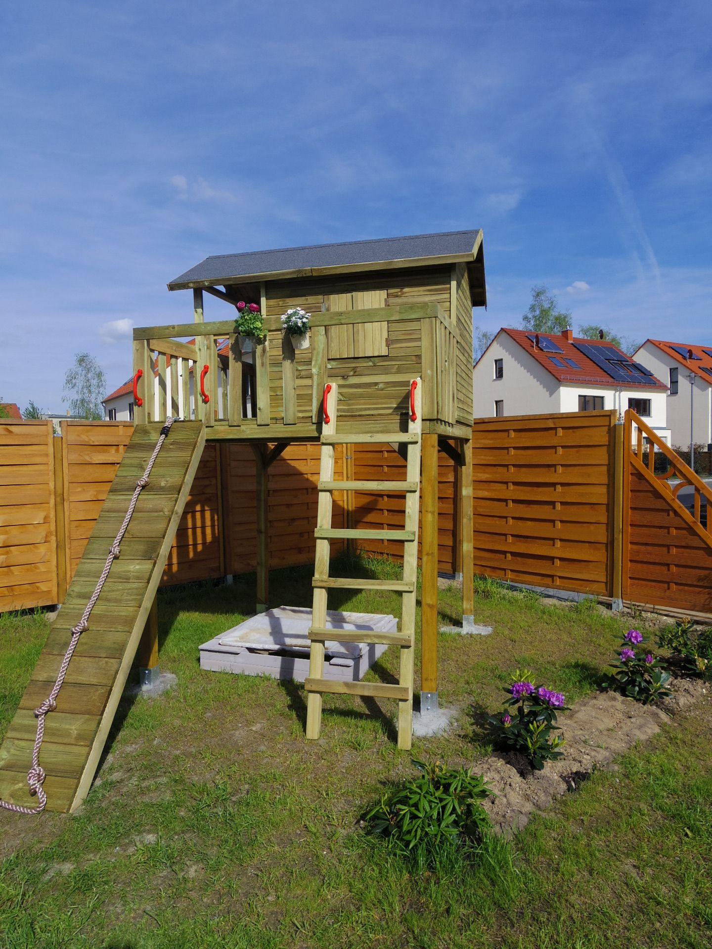 Gartentraum für Kinder ein Stelzenhaus Stelzenhaus
