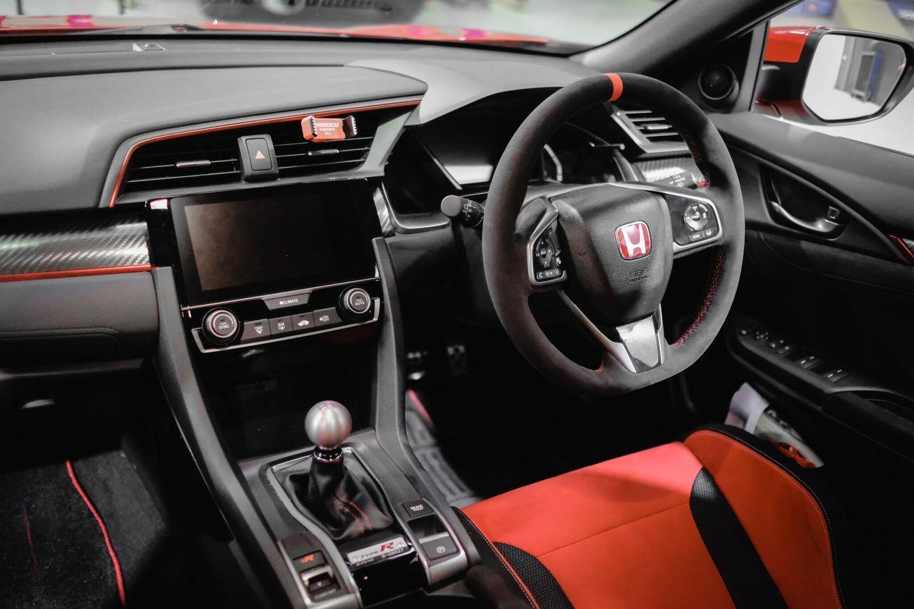 Muse Japan Honda Fk8 Civic Type R Alcantara Steering Wheel Steering Wheel Honda Civic Type R Honda Type R
