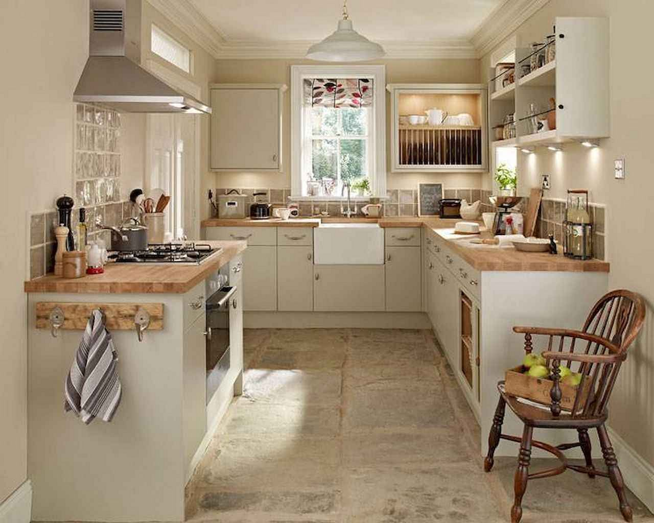 12 Beautiful Simple French Country Kitchen Ideas For Small Space Decor It S Small French Country Kitchen Small Country Kitchens Kitchen Remodel Small