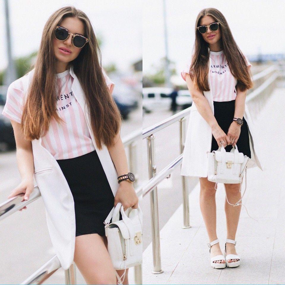 Inessa M. - Simple white accent