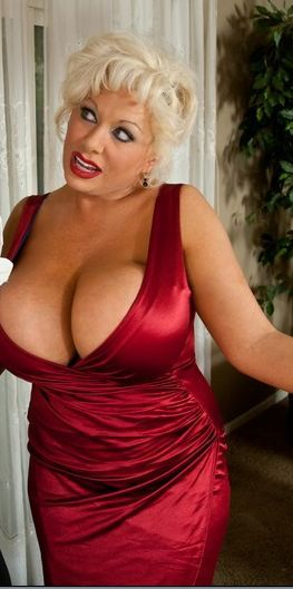 image Big boobs vanity fucks a dildo