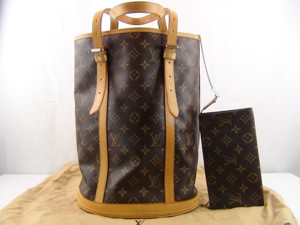 d6387fa6a549 US seller Authentic LOUIS VUITTON MONOGRAM BUCKET GM BAG   POUCH LV VERY  GOOD