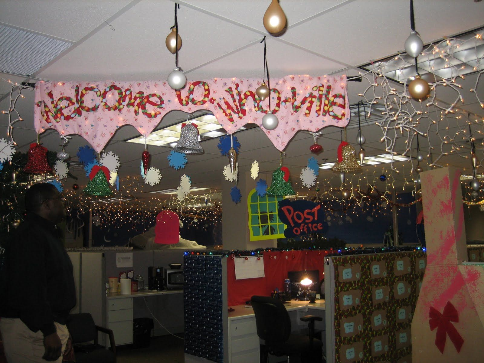 Exceptional Decorating Your Office For Christmas | The Ivesons: Christmas Office  Decorating Contest