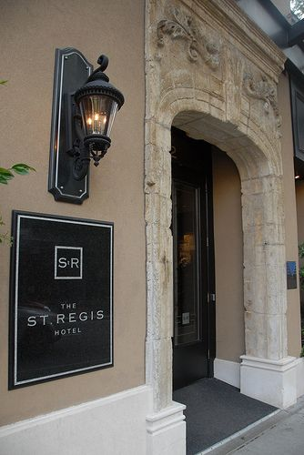Review of the St. Regis Hotel, Vancouver