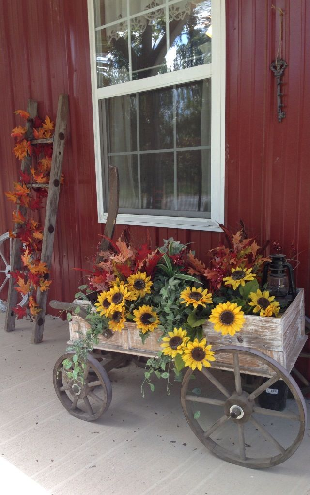 Fall wagon and ladder Fall outdoor decor, Fall outdoor