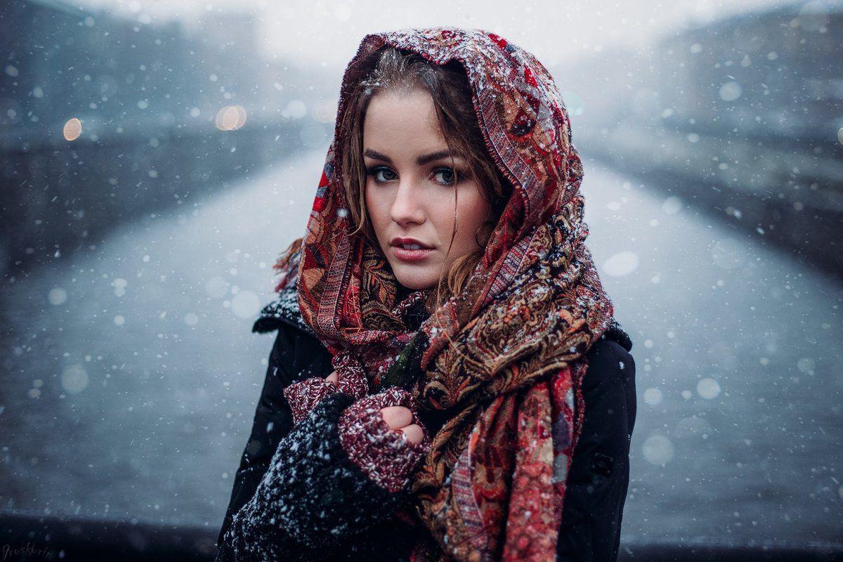 Картинки по запросу девушка в платке зимой | Фотографии ...
