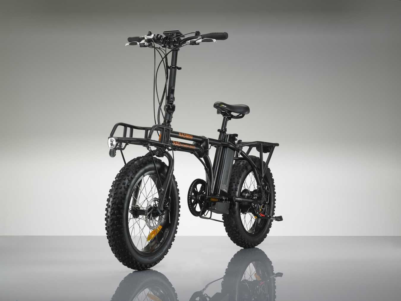 The Radmini Electric Bike Folds Away For Easy Storage Veiculo Eletrico Veiculos