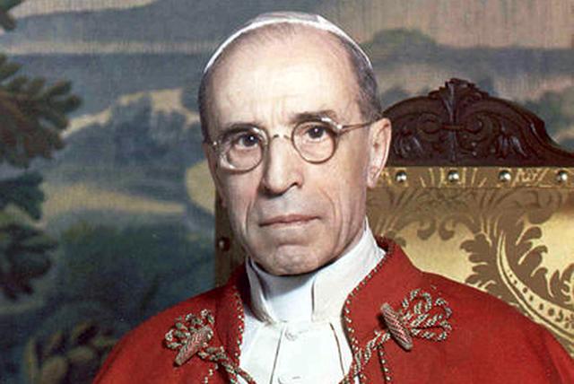 Czy w 1939 roku papież Pius XII, czyniąc zabiegi dla pokoju, był świadomy zagrożenia?