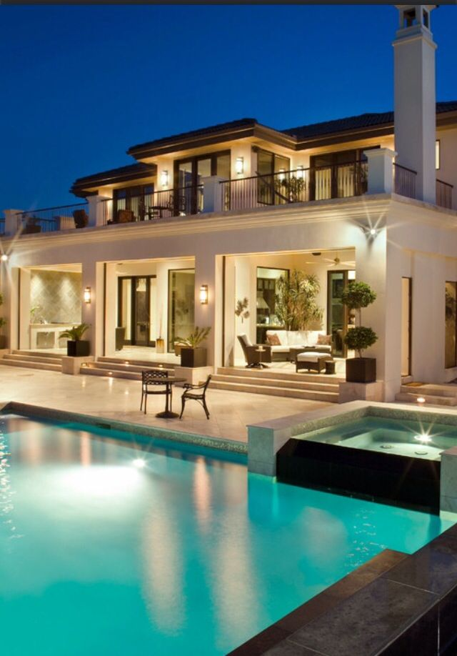 Luxury#Homes#Mansions#Outdoors#Pools# Bathrooms#Kitchens#Bedrooms