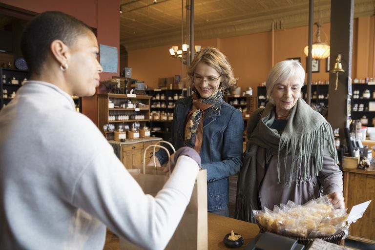 47 businesses that offer discounts to seniors senior