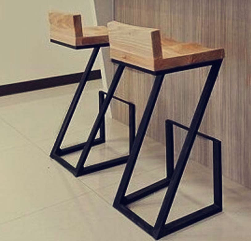 Taburetes para barra buscar con google muebles for Bar de madera y fierro