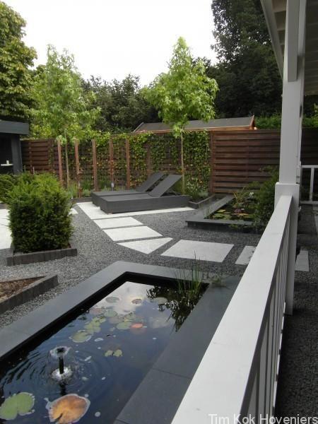 Moderne stijlvolle achtertuin Hoogvliet - Hoveniersbedrijf ...
