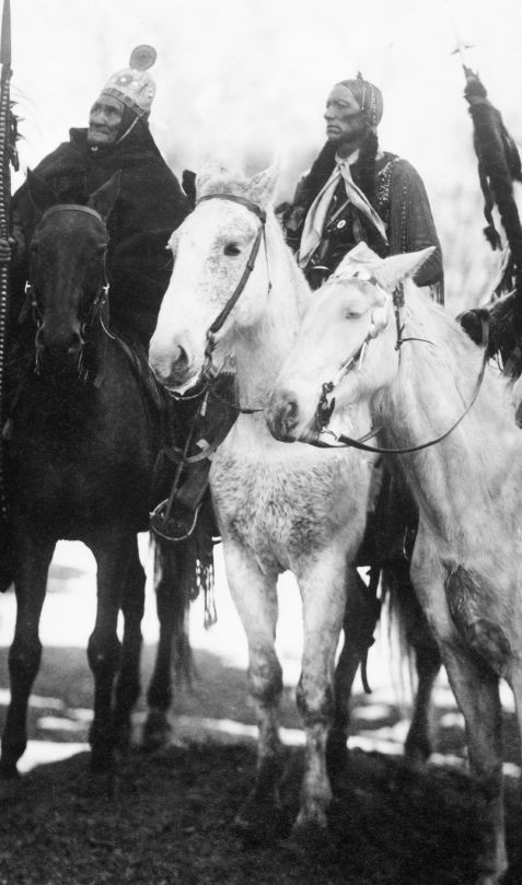 An old photograph of Geronimo, Apache Chief with Quanah Parker, Comanche 1905.