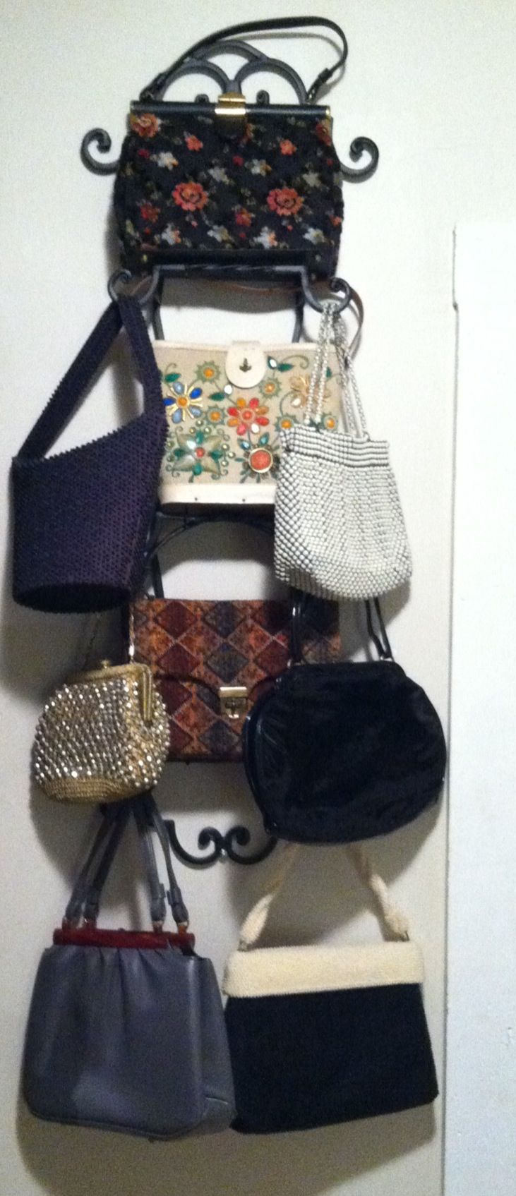Plate Rack Used To Display Vintage Purses Home Ideas For