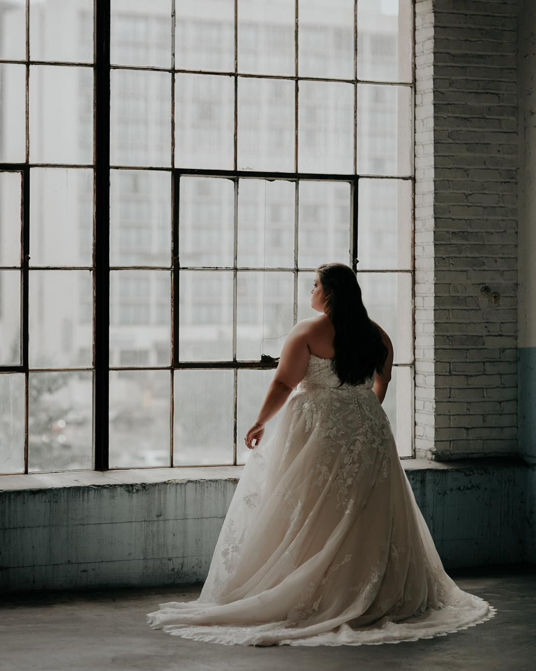 Something Blue Journal On Instagram The Curvy Bride Boutique Bridal Shop Tulsa S Only Plus Sized Bridal Shop Curvy Bride Wedding Arbors Wedding Dresses,Where To Buy Anna Campbell Wedding Dresses