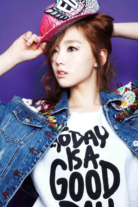 Girls Generation Reveals 2nd Group Photo And More Solo Teaser Images Girls Generation Taeyeon Girls Generation Kpop Girls