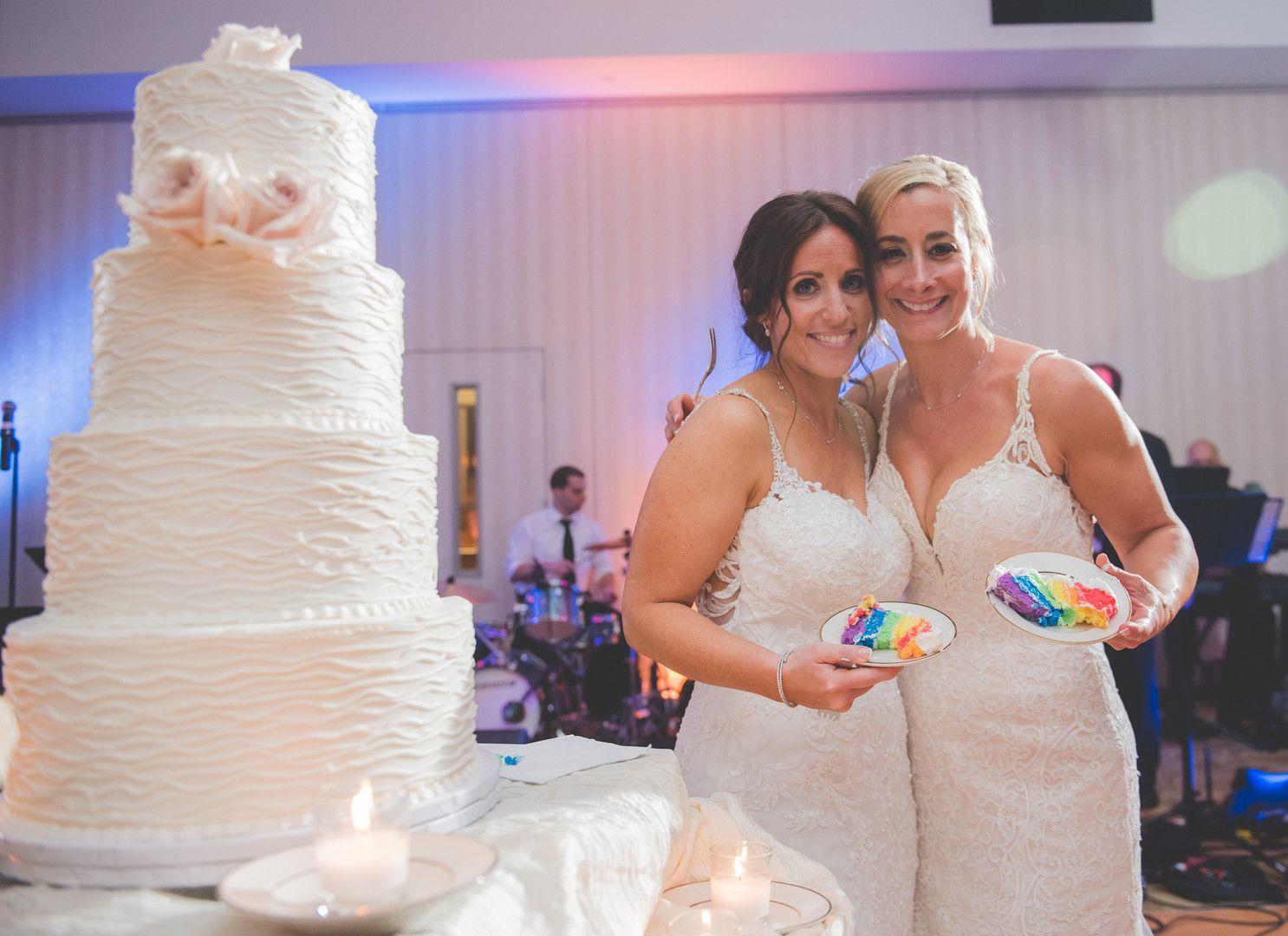 same sex marriage wedding planning in Maple Ridzhruen