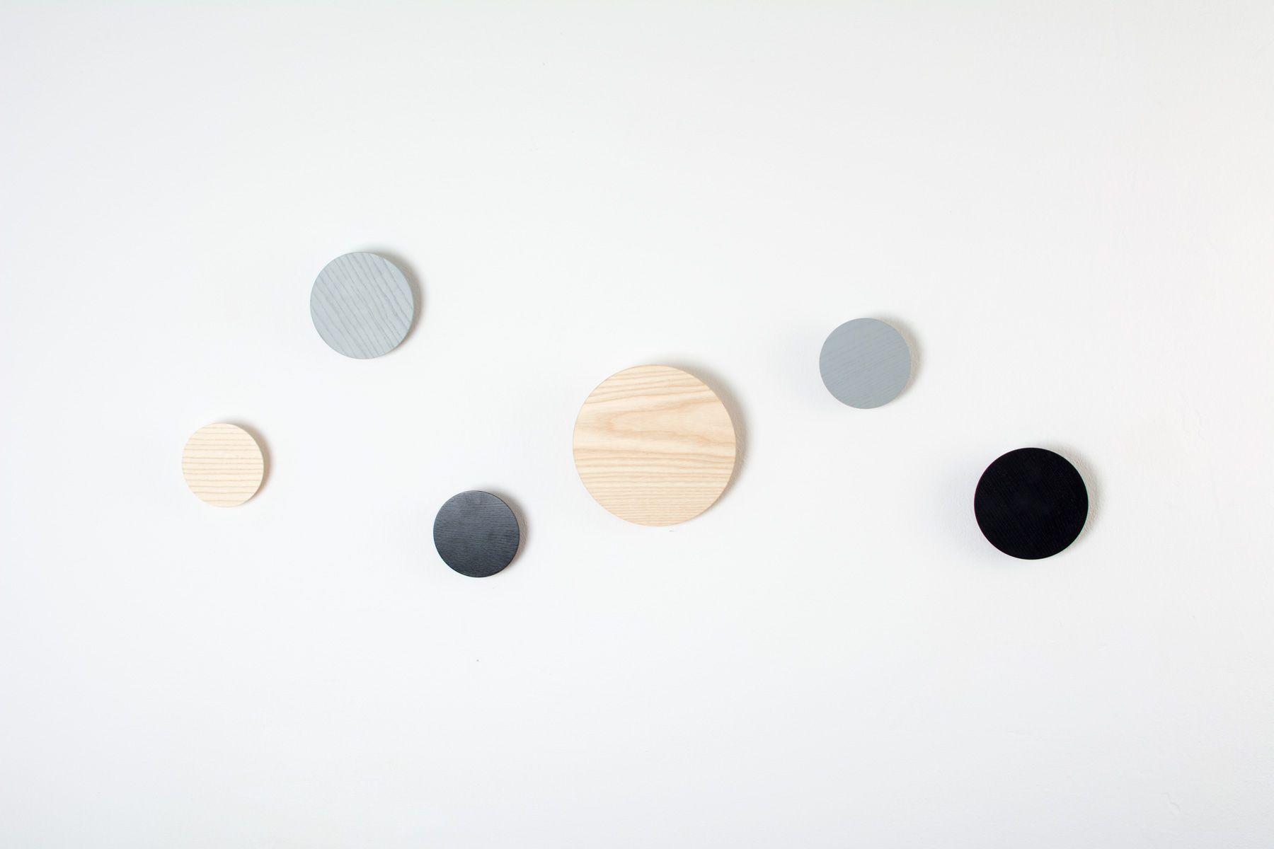 Satellites Wandgarderobe Material Esche Klar Oder Farbig