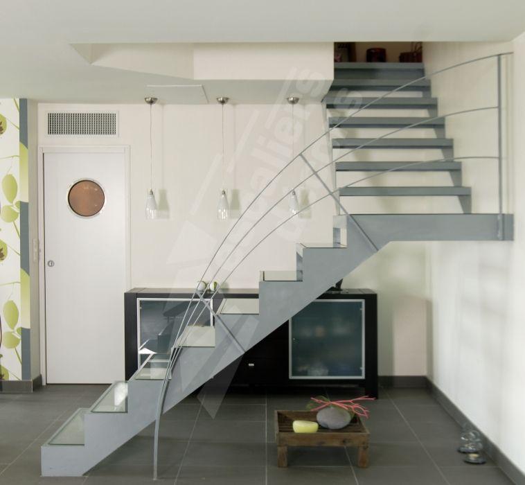 Escalier 1/4 Tournant intermédiaire, DT44 - ESCALIERS DÉCORS