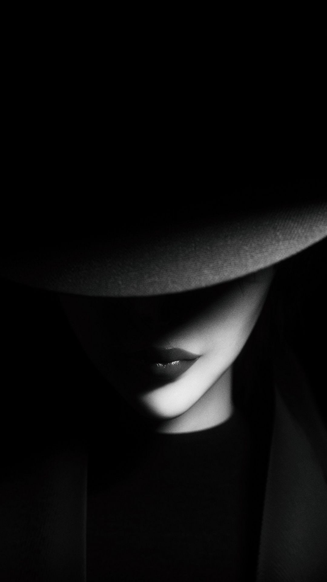 Download Wallpaper 1080x1920 Girl Hat Bw Dark Shadows Samsung Galaxy S4 S5 Note Sony Xp In 2020 Low Key Portraits Black And White Portraits Cute Black Wallpaper