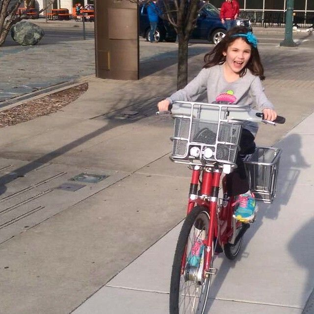Biking = pure joy. Photo Cree: JD Bruewer #cincyredbike #cincy #bikeshare #springincincy