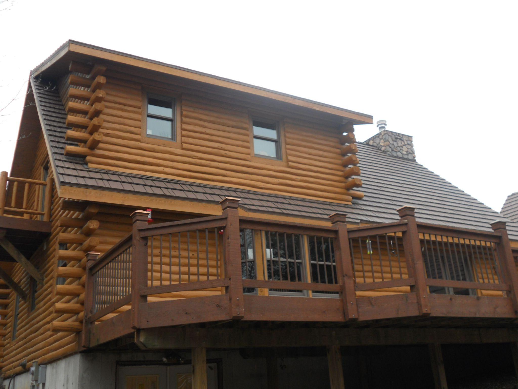 Kasselshake Metal Shake Color Is Teak Thermobond House Styles Metal Roof Roofing