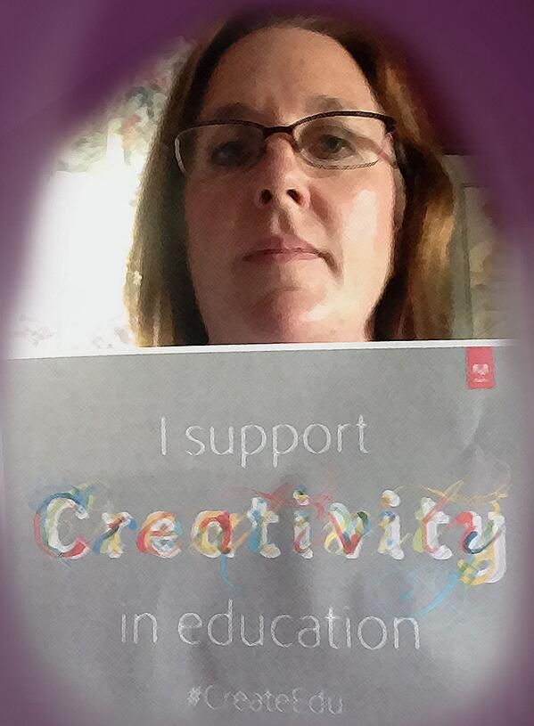 @Sew Sweet Quilt Shop supports #createedu do you? http://edex.adobe.com/pledge