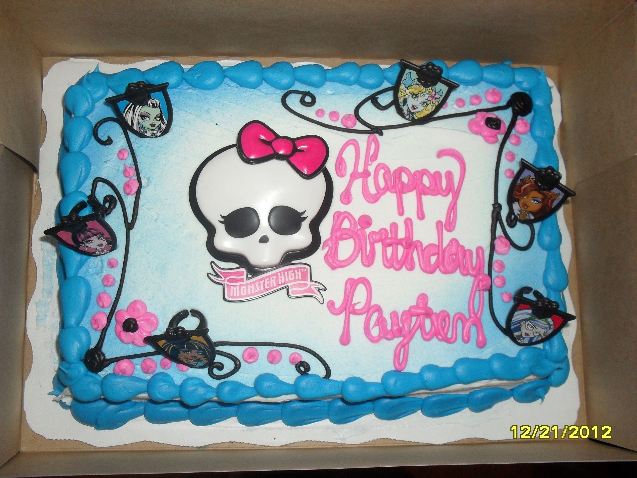 16 best monster high images on Pinterest Monster high cakes