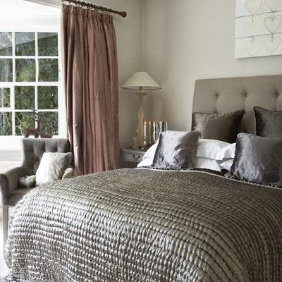 7 Tips to Create Magic in your Bedroom with Cuddly Cushions | S t a r d u s t - Decor & Style