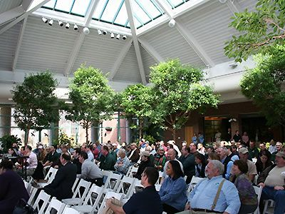 Charmant Atrium At Meadowlark Botanical Gardens As A Wedding Location! Seems Very  Affordable?