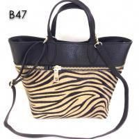 f5a10d8d8bd7 Wholesale Italian leather handbags suppliers fashion bags brands made in Italy  factories  italianhandbag  italianleatherhandbags  italianhandbags