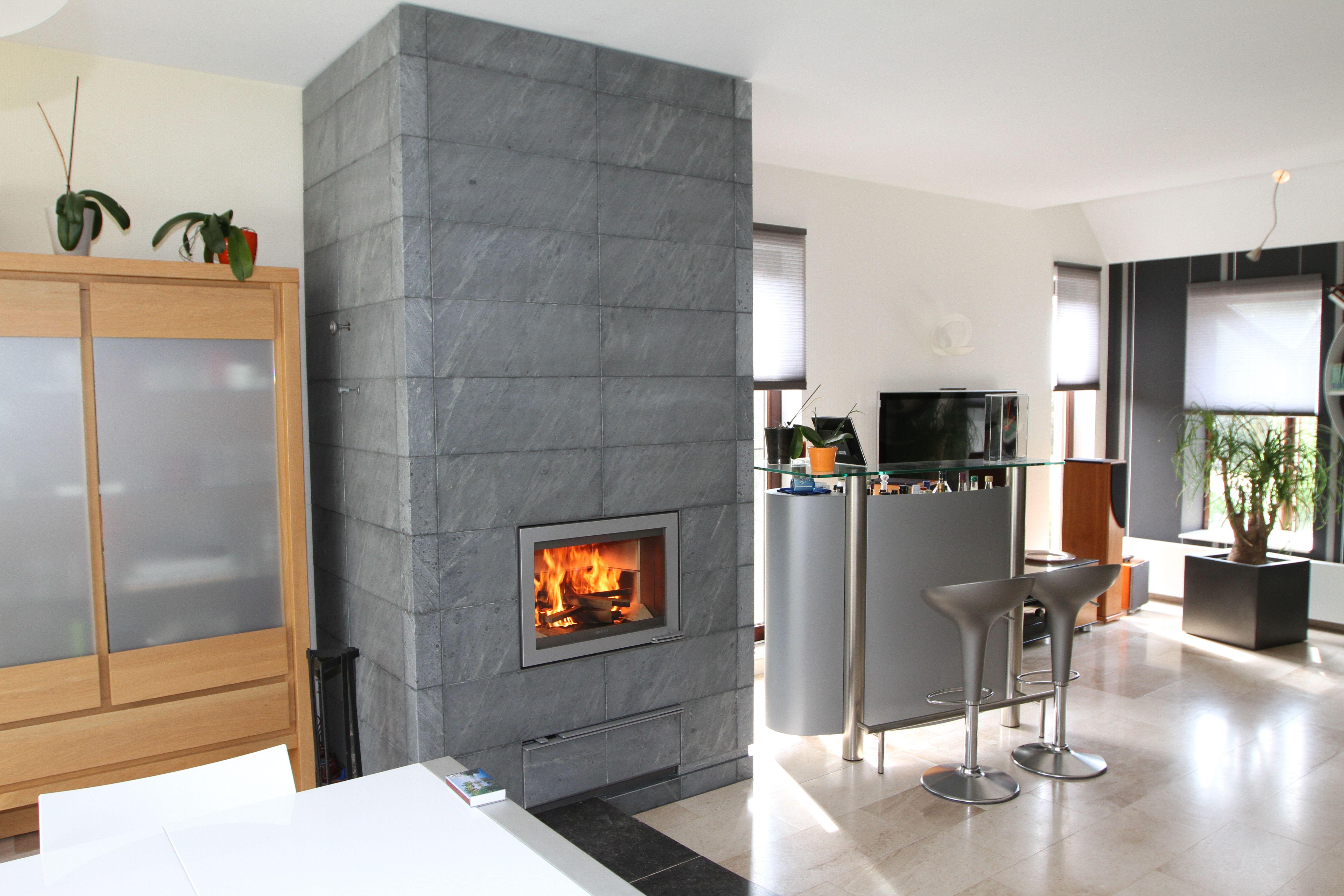 po le de masse tulikivi mesure sur base d 39 un valkia art. Black Bedroom Furniture Sets. Home Design Ideas