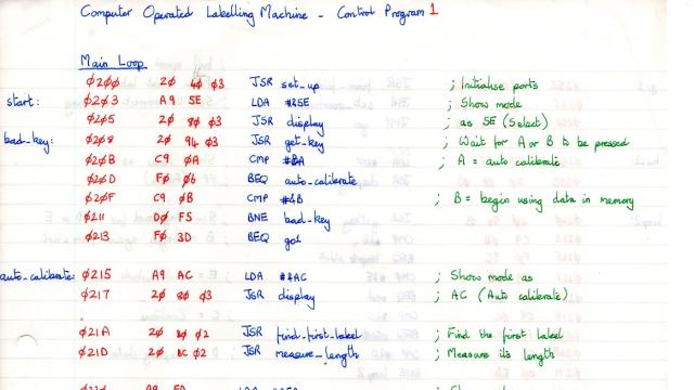 Como um programador usou um teclado hexadecimal e folhas de papel para criar um programa em 1985