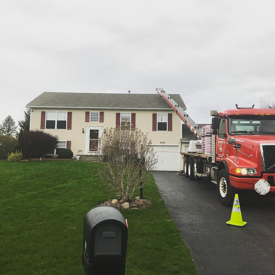 Another Gaf Roofing System Being Loaded This Morning On This Ontario Ny Home Timberline Hd Shingles With A System Plus 50 Ye Trinity Homes Roofing Renovations