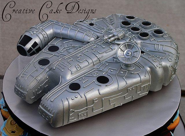 The Millenium Falcon Cake   Cakes: Star Wars   Cake ...