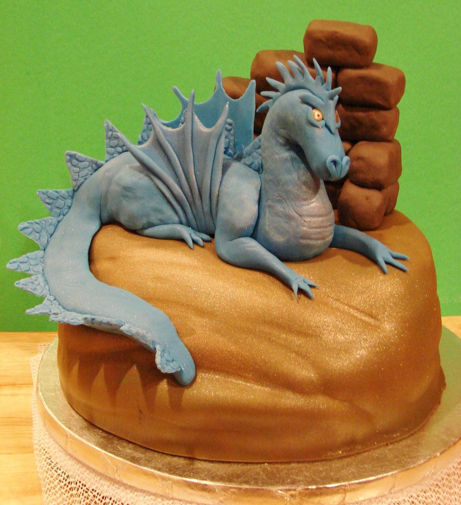 Marvelous Fierce Dragon Cake With Images Dragon Birthday Cakes Dragon Funny Birthday Cards Online Alyptdamsfinfo