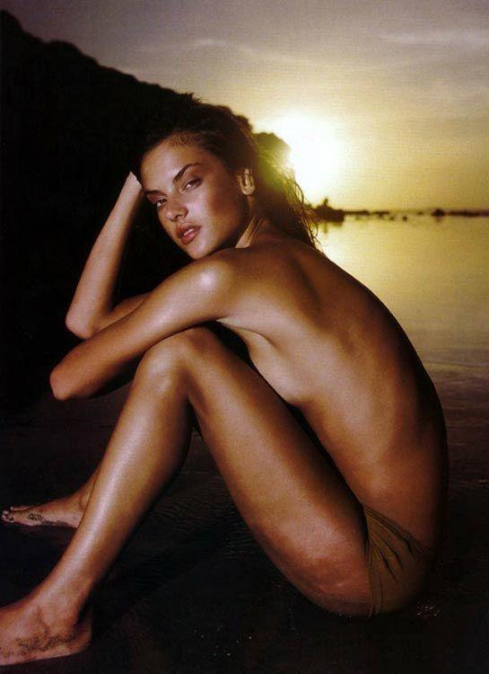Alessandra ambrosio nude and sexy