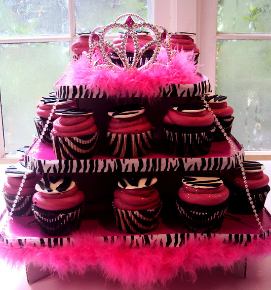 Coming soon... Jenny's diva Beauty shop Birthday Party.  Looking for ideas!!