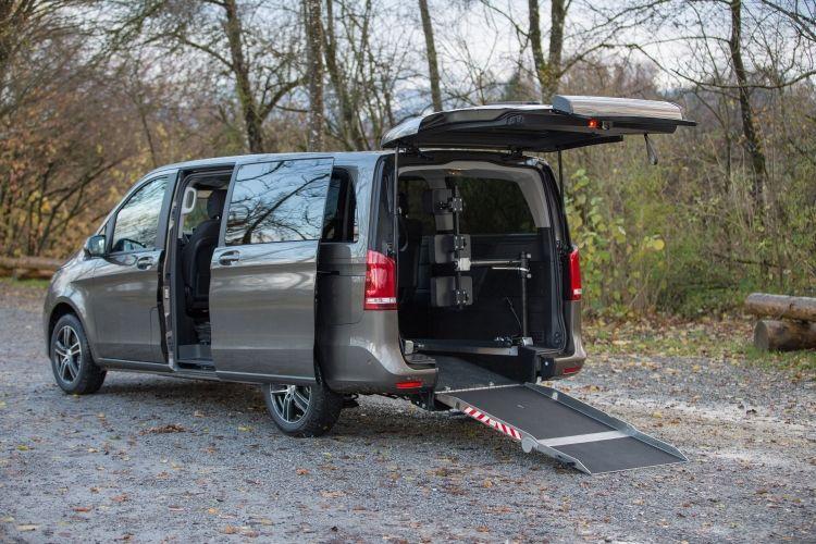 MercedesBenz VClass L3 wheelchair van in 2020