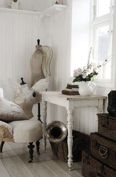 Come sono belli i matrimoni, con i fiori, l'abito da sposa, la torta nuziale…ma sapete che esiste la possibilità di organizzare un. Old Wood Che Passione Un Pavimento Vintage Interior Shabby Chic Decor Home Decor