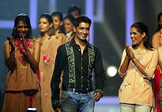 Manish Malhotra Indian Fashion Designer Indian Fashion Designers Fashion Indian Fashion