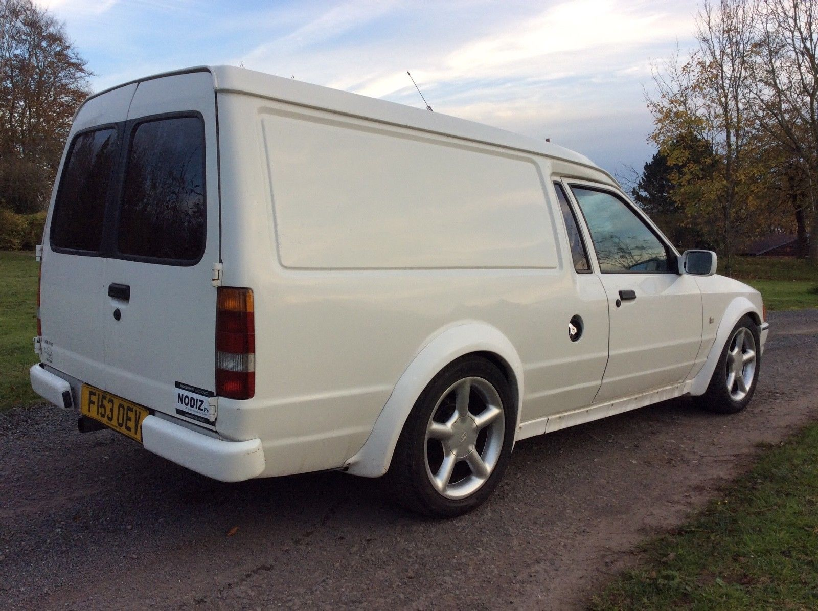 Looking For A Lot 36 1988 Mk4 Ford Escort Van Fitted With 20 Zetec Rs