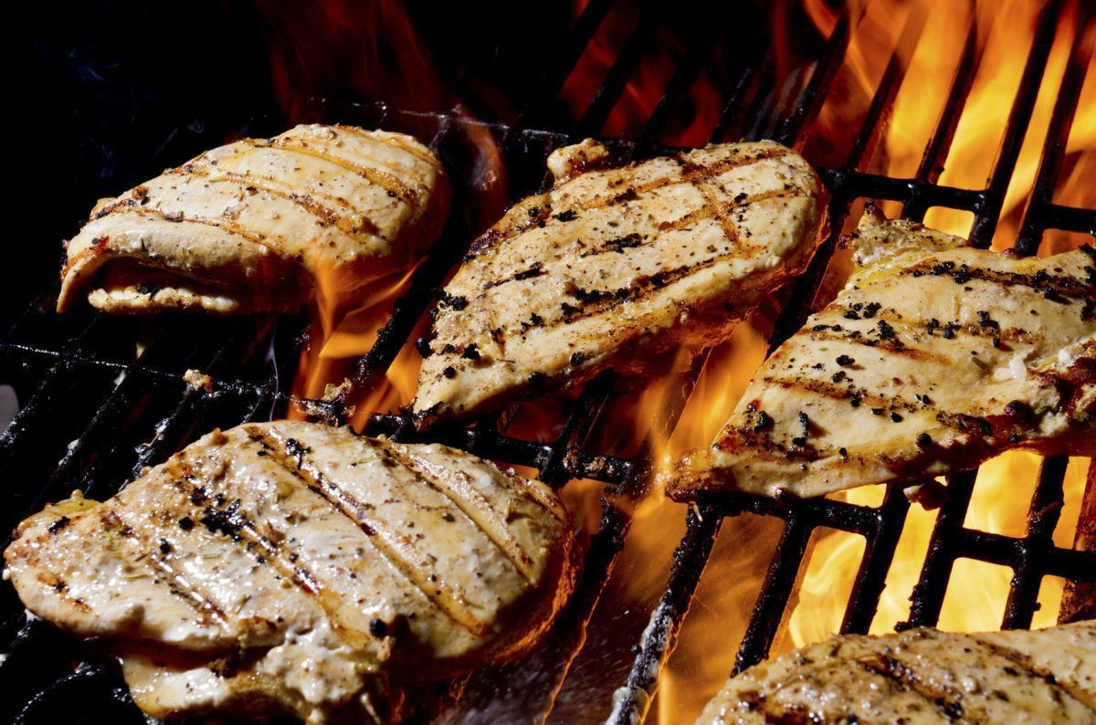 Recipe: Grilled Chicken Parmesan #grilledchickenparmesan Recipe: Grilled Chicken... #grilledchickenparmesan